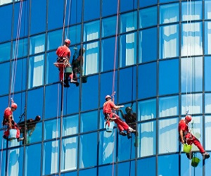 Facade and Glass Cleaning